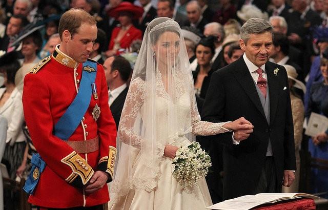 35 bin liralık düğün hediyeleri ilk kez ortaya çıktı