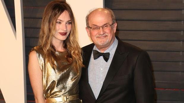 Yazar Salman Rüşdi'nin dikkat çeken misafiri