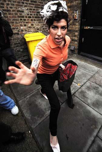 Amy Winehouse çıldırdı