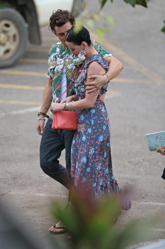 Katy Perry ile Orlando Bloom aşkı böyle görüntülendi