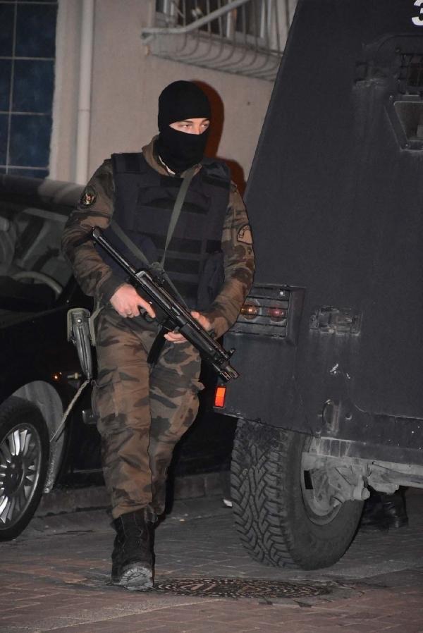 Zeytinburnu ve Okmeydanı'nda terör operasyonu