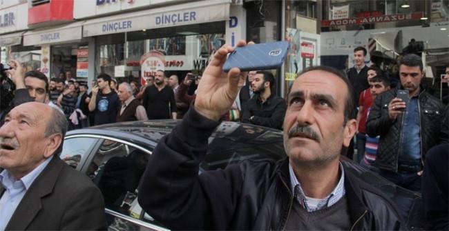 Adana'da intihar girişimini duyan koştu !