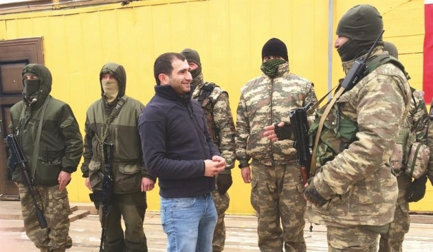 Kırım'daki Tatar taburu görüntülendi