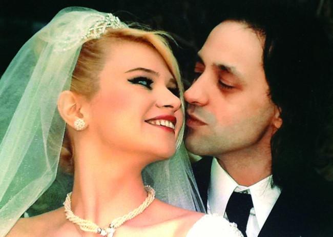 Seçkin Piriler ile Kaan Tangöze boşandı