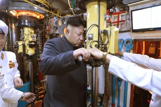 Kuzey Kore'nin denizaltısı kayboldu !