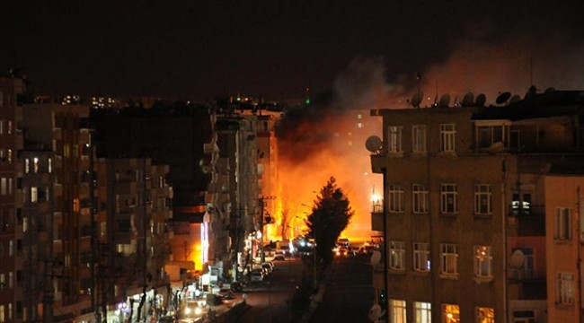Diyarbakır'da yoğun çatışma çıktı