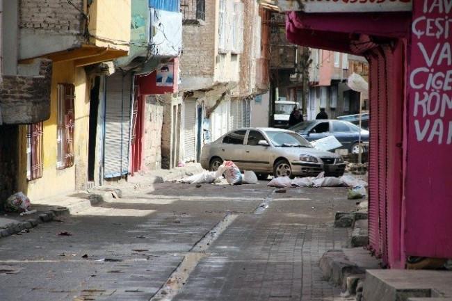 Diyarbakır kartıştı: 3'ü polis 6 yaralı