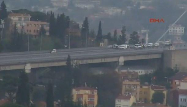 Boğaziçi Köprüsü'nde 'bombalı araç' paniği