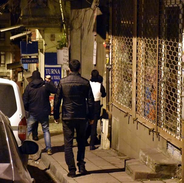 İstanbul'da dev terör operasyonu: 9'u avukat 30 gözaltı
