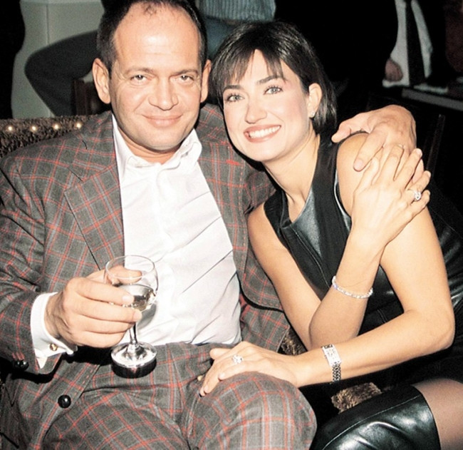 Ceyla Gölcüklü'nün eski eşi Şeri Şahnavaz, Berna Özkan ile aşk yaşı
