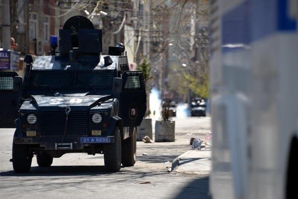 Bağlar'da PKK'nın Kanas'ları ele geçirildi