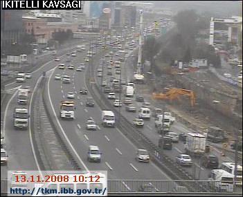 Kaza İstanbulu felç etti