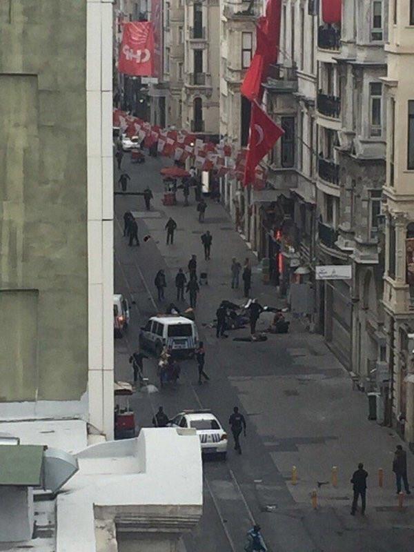 İstiklal Caddesi'nde patlama: 5 ölü İşte ilk görüntüler