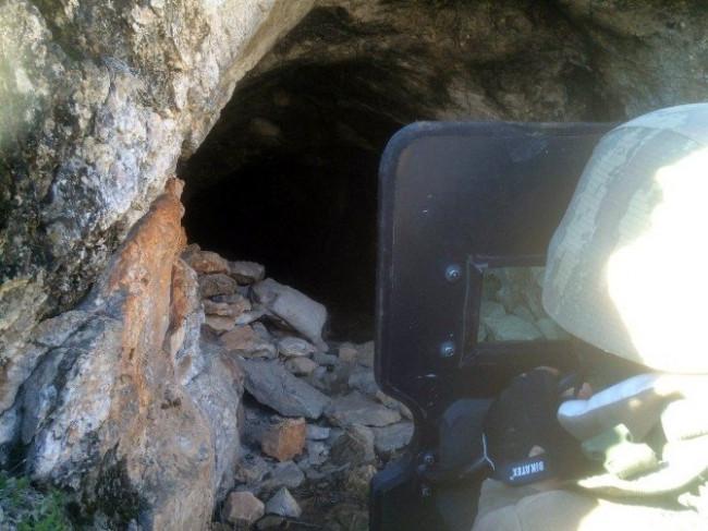Komandolardan mağaraya operasyon