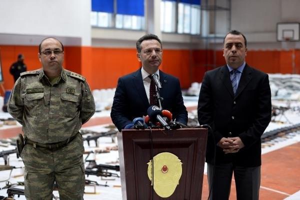 PKK'nın mühimmatları spor salonuna sığmadı
