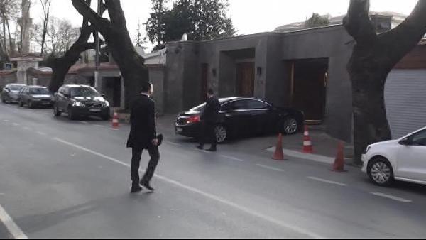 Ebru Gündeş Türkiye'ye döndü