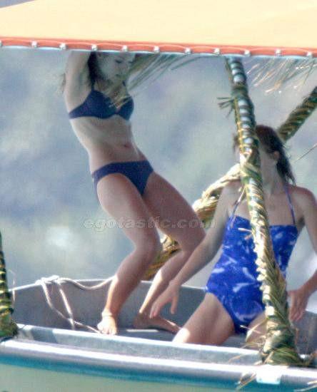 Kristen Bell mahsur kaldı