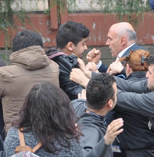 Üniversitede Ensar Vakfı protestosu: 22 gözaltı