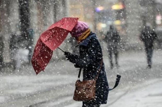 Meteoroloji uyarmıştı ! Kar yine esir aldı...
