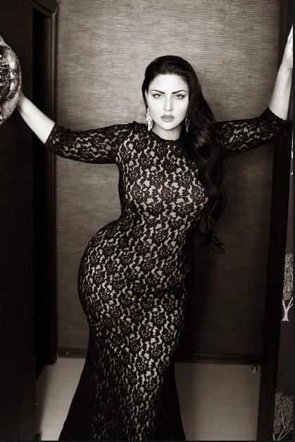 Kardashian'ın Rus versiyonu yürekleri hoplattı !