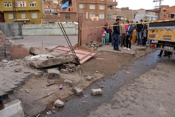 Vinç kazasında 2 çocuk öldü