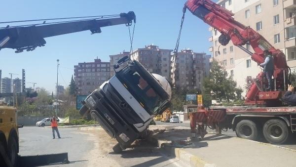 İstanbul'da yine beton mikseri kazası