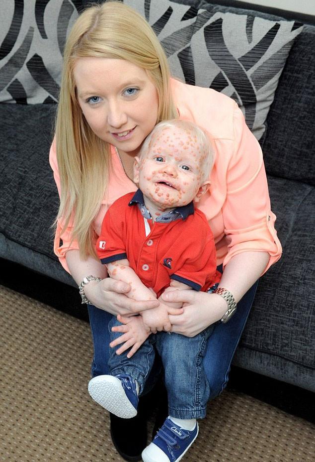 Kimse bu bebeği sevmiyor!