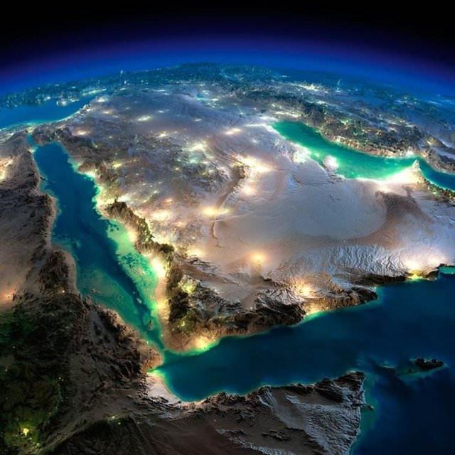 Dünya gece uzaydan böyle görünüyor