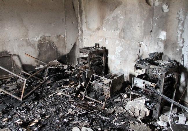 PKK'lılar yine okul yaktı
