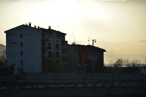 Diyarbakır'da bomba yüklü tankerle saldırı !