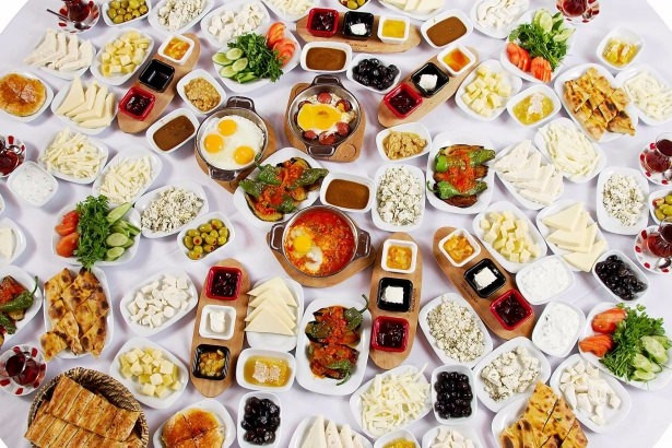 Hangi ülke kahvaltıda ne yiyor ?