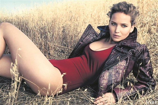 Jennifer Lawrence Bond kızı oluyor