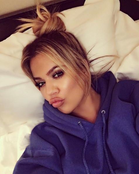 Kardashian yaptığı paylaşımla olay yarattı ! Haline bakın