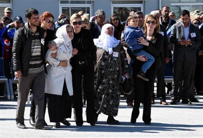 Şehit polis Abdullah Delibaş gözyaşlarıyla memleketine uğurlandı