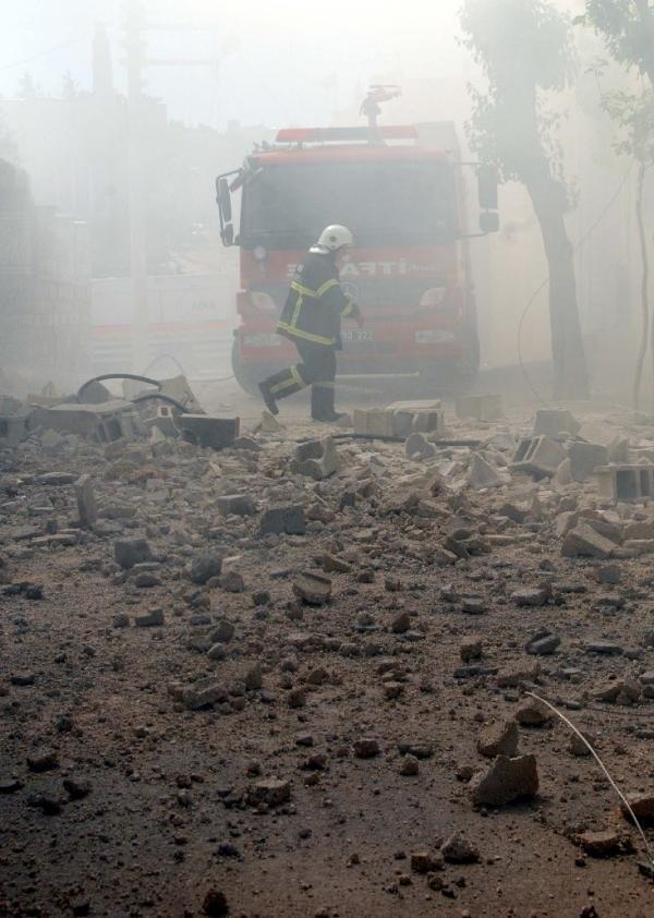 Kilis'e roket mermileri düştü: 4 yaralı