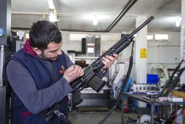 Bu mahalleden 99 ülkeye av tüfeği satılıyor