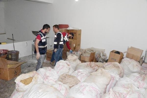 7 ton kaçak nargile tütünü ele geçirildi