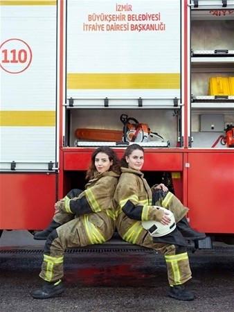 İzmir'in kadın itfaiyecileri