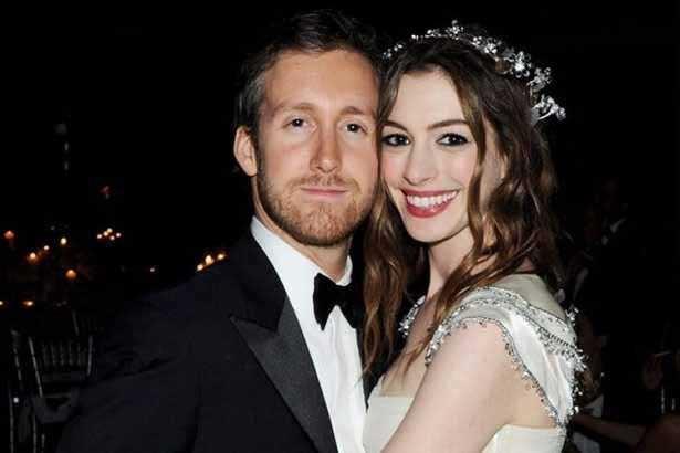 Hayranlarıyla evlenen ünlüler