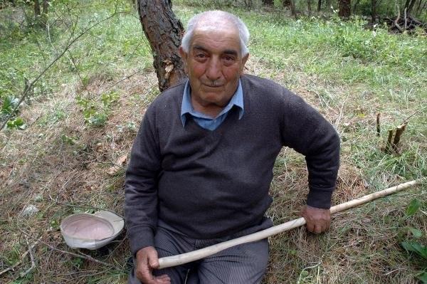 Gürcistan'daki 15 dönüm toprağı 40 yıl sonra aldık