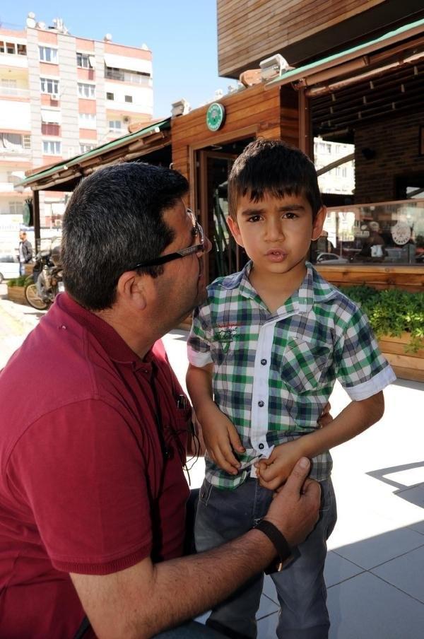 5 yaşındaki oğlunu midibüste unuttu