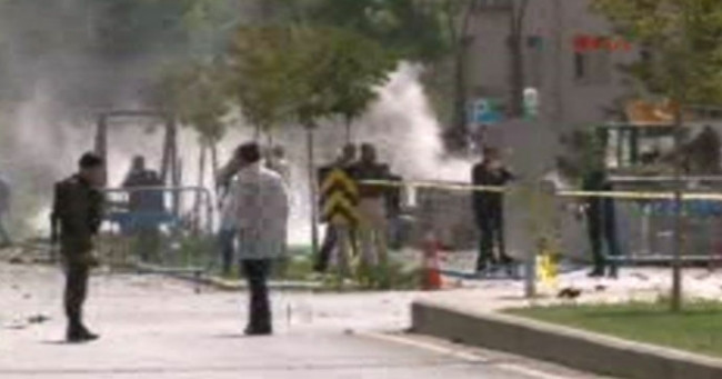 Gaziantep'te bombalı aracın patlama anı kameralarda