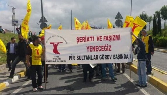 1 Mayıs eylemlerinde dikkat çeken pankartlar