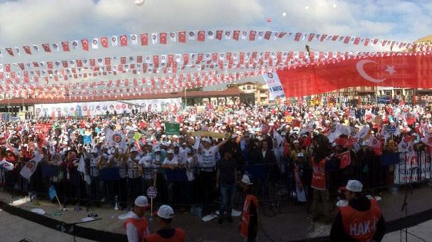 Sakarya'da ezber bozan 1 Mayıs kutlaması