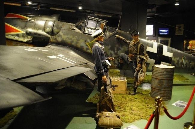 Hitler'in efsane uçağı İstanbul'da