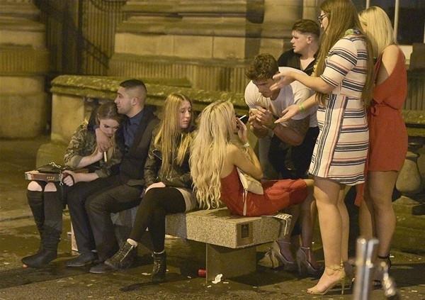 İngiliz gençler uslanmıyor