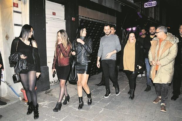Mehmet Ali Erbil yeni sevgilisiyle görüntülendi
