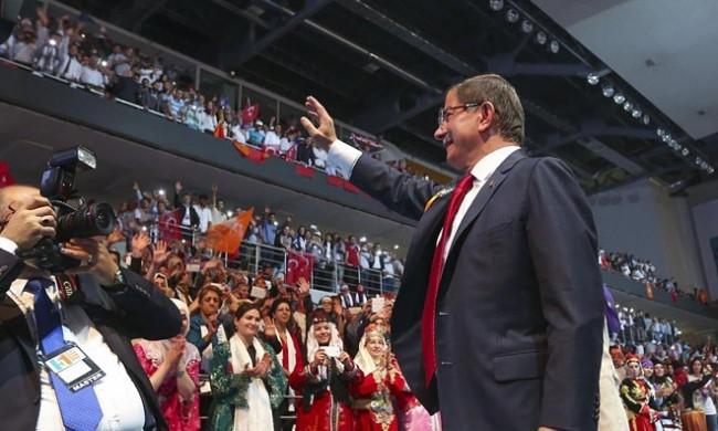 AK Parti yenileniyor! İşte değişecek isimler