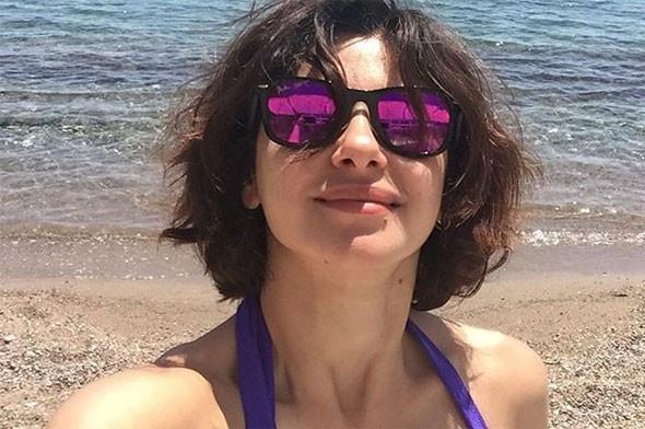 Bikini sezonunu ilk Nesrin Cavadzade açtı