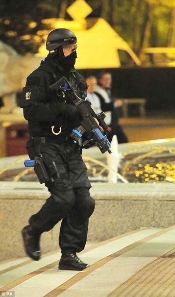 İngiltere'de terör saldırısı tatbikatı